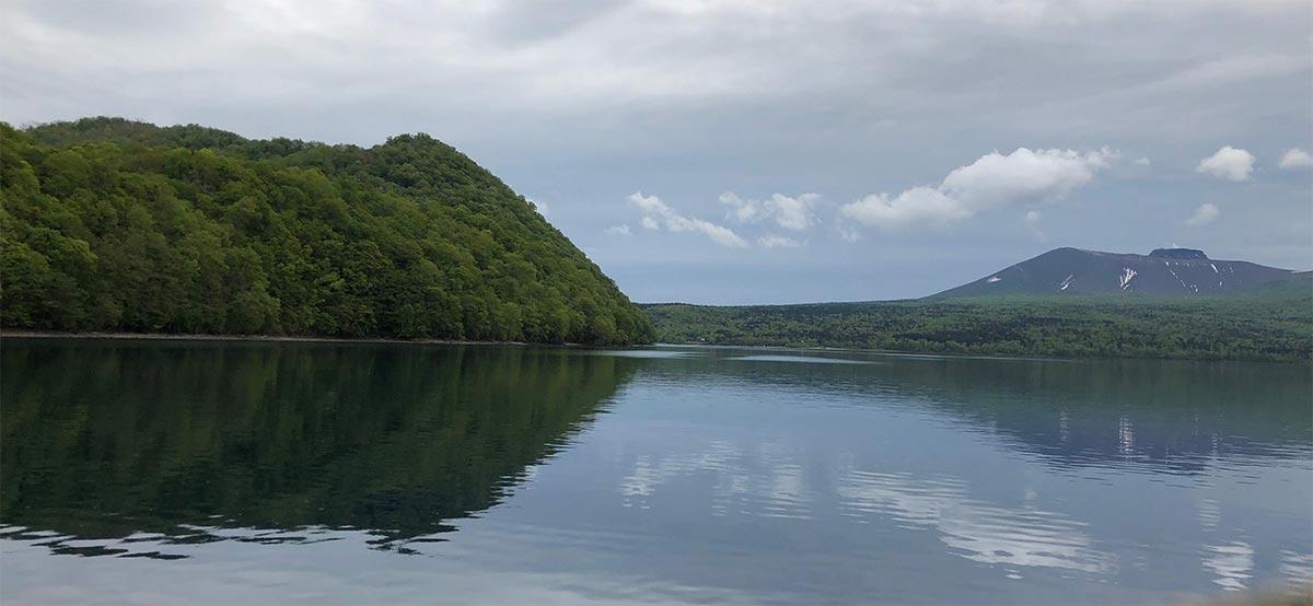 観光船からの樽前山
