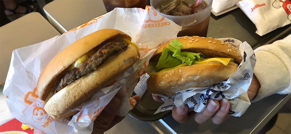 ジョリビーのハンバーガー写真